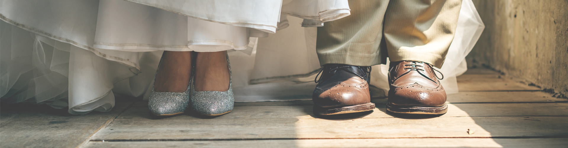 bride's and groom's shoes - tips for choosing your wedding shoes