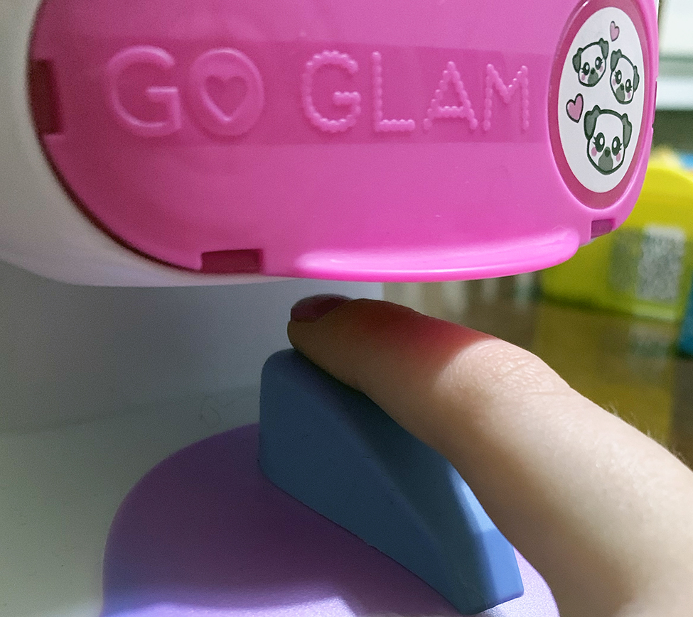 Go Glam Nail Salon in use