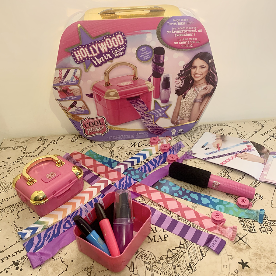 everything included with the Hollywood Hair Extension Maker box laid out on the table