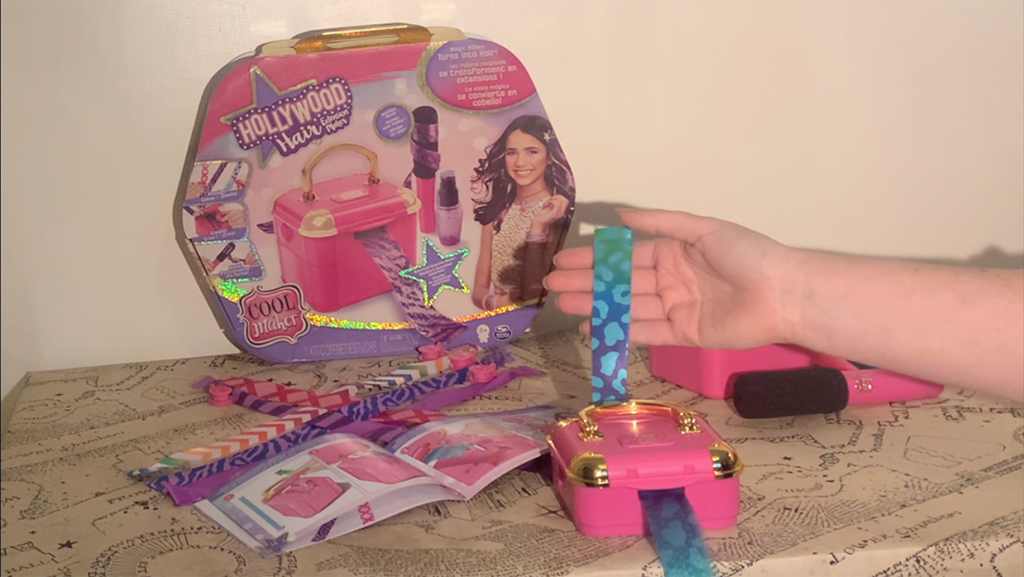 Hollywood Hair Extension Maker in use