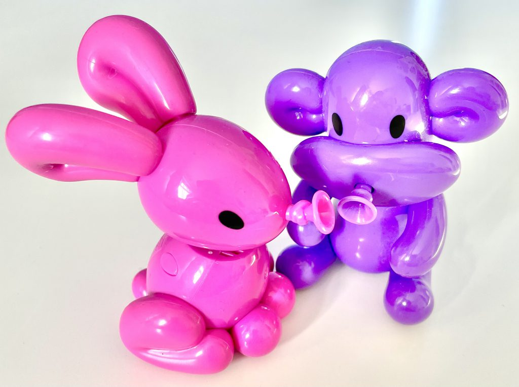 close up of bill and poppy Squeakee Mini's